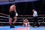 5 October 2019; Joe Ward goes down with a knee injury during his Light Heavy bout with Marc Delgado at Madison Square Garden in New York, USA. Photo by Ed Mulholland/Matchroom Boxing USA via Sportsfile