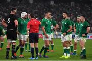 19 October 2019; Referee Nigel Owens speaks to teams captains Kieran Read of New Zealand, left, and Rory Best of Ireland, second from left, as Jonathan Sexton of Ireland, centre, walks away during the 2019 Rugby World Cup Quarter-Final match between New Zealand and Ireland at the Tokyo Stadium in Chofu, Japan. Photo by Brendan Moran/Sportsfile