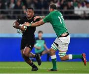 19 October 2019; Sevu Reece of New Zealand is tackled by Tadhg Beirne of Ireland during the 2019 Rugby World Cup Quarter-Final match between New Zealand and Ireland at the Tokyo Stadium in Chofu, Japan. Photo by Brendan Moran/Sportsfile