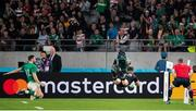 19 October 2019; Jordie Barrett of New Zealand scores a try despite the efforts of Robbie Henshaw of Ireland during the 2019 Rugby World Cup Quarter-Final match between New Zealand and Ireland at the Tokyo Stadium in Chofu, Japan. Photo by Juan Gasparini/Sportsfile