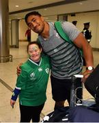 22 October 2019; Bundee Aki is greeted by supporter Jennifer Malone on the Ireland Rugby Team's return at Dublin Airport from the Rugby World Cup. Photo by David Fitzgerald/Sportsfile