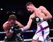 2 November 2019; Jack Cullen, right, and Felix Cash during their Commonwealth Middleweight title fight at the Manchester Arena in Manchester, England. Photo by Stephen McCarthy/Sportsfile