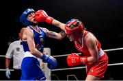 22 November 2019; Michaela Walsh of Monkstown, Co Antrim, right, in action against Emma Agnew of Dealgan, Co Louth, in their 57kg bout during the IABA Irish National Elite Boxing Championships Finals at the National Stadium in Dublin. Photo by Piaras Ó Mídheach/Sportsfile