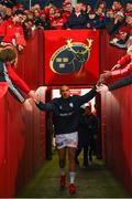 23 November 2019; Simon Zebo of Racing 92 is greeted by supporters prior to the Heineken Champions Cup Pool 4 Round 2 match between Munster and Racing 92 at Thomond Park in Limerick. Photo by Diarmuid Greene/Sportsfile