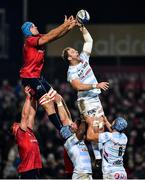 23 November 2019; Antonie Claassen of Racing 92 wins a lineout from Tadhg Beirne of Munster during the Heineken Champions Cup Pool 4 Round 2 match between Munster and Racing 92 at Thomond Park in Limerick. Photo by Brendan Moran/Sportsfile