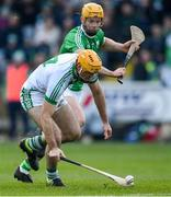 1 December 2019; Colin Fennelly of Ballyhale Shamrocks in action against Gerard Coady of St Mullin's during the AIB Leinster GAA Hurling Senior Club Championship Final match between Ballyhale Shamrocks and St Mullin's at MW Hire O'Moore Park in Portlaoise, Co Laois. Photo by Piaras Ó Mídheach/Sportsfile