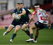 8 December 2019; Peter Robb of Connacht in action against Mark Atkinson of Gloucester during the Heineken Champions Cup Pool 5 Round 3 match between Gloucester and Connacht at Kingsholm Stadium in Gloucester, England. Photo by Ramsey Cardy/Sportsfile