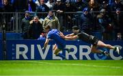 4 January 2020; Garry Ringrose of Leinster scores his side's eighth try despite the efforts of Tom Daly of Connacht during the Guinness PRO14 Round 10 match between Leinster and Connacht at the RDS Arena in Dublin. Photo by Sam Barnes/Sportsfile