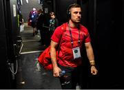 12 January 2020; JJ Hanrahan of Munster arrives prior to the Heineken Champions Cup Pool 4 Round 5 match between Racing 92 and Munster at Paris La Defence Arena, in Paris, France. Photo by Seb Daly/Sportsfile