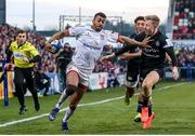 18 January 2020; Robert Baloucoune of Ulster on his way to scoring his side's second try despite the efforts of Ollie Fox of Bath during the Heineken Champions Cup Pool 3 Round 6 match between Ulster and Bath at Kingspan Stadium in Belfast. Photo by John Dickson/Sportsfile