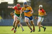 26 January 2020; David Fitzgerald of Clare in action against Edward Byrne of Carlow during the Allianz Hurling League Division 1 Group B Round 1 match between Clare and Carlow at Cusack Park in Ennis, Clare. Photo by Diarmuid Greene/Sportsfile