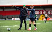 13 February 2020; Assistant coach Mike Catt, left, and Keith Earls during Ireland Rugby Squad Training at Irish Independent Park in Cork. Photo by Brendan Moran/Sportsfile