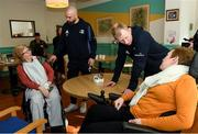 14 February 2020; Ita Fox, left, and Anne Ryan with Scott Fardy of Leinster and Leinster head coach Leo Cullen during a tour of the MS Ireland Care Centre in Dublin.  Photo by Ramsey Cardy/Sportsfile