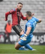 15 February 2020; Keith Ward of Bohemians in action against Alan Mannus of Shamrock Rovers during the SSE Airtricity League Premier Division match between Bohemians and Shamrock Rovers at Dalymount Park in Dublin. Photo by Stephen McCarthy/Sportsfile