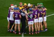 22 February 2020; Wexford manager Davy Fitzgerald speaks to his players in a huddle prior to the Allianz Hurling League Division 1 Group B Round 4 match between Dublin and Wexford at Croke Park in Dublin. Photo by Harry Murphy/Sportsfile