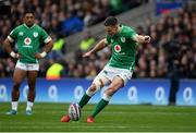 23 February 2020; Jonathan Sexton of Ireland misses a penalty during the Guinness Six Nations Rugby Championship match between England and Ireland at Twickenham Stadium in London, England. Photo by Ramsey Cardy/Sportsfile Photo by Ramsey Cardy/Sportsfile