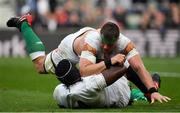 23 February 2020; CJ Stander of Ireland tussles with Maro Itoje of England during the Guinness Six Nations Rugby Championship match between England and Ireland at Twickenham Stadium in London, England. Photo by Brendan Moran/Sportsfile Photo by Brendan Moran/Sportsfile