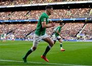 23 February 2020; Jonathan Sexton of Ireland plays with one boot during the Guinness Six Nations Rugby Championship match between England and Ireland at Twickenham Stadium in London, England. Photo by Brendan Moran/Sportsfile Photo by Brendan Moran/Sportsfile