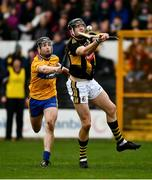 23 February 2020; Walter Walsh of Kilkenny, under pressure from Tony Kelly of Clare, scores his side's 18th point in the 69th minute of the Allianz Hurling League Division 1 Group B Round 4 match between Kilkenny and Clare at UPMC Nowlan Park in Kilkenny. Photo by Ray McManus/Sportsfile
