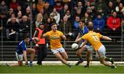 23 February 2020; David Shaw of Kerry in action against David Toner and Bryan McMahon of Meath during the Allianz Football League Division 1 Round 4 match between Kerry and Meath at Fitzgerald Stadium in Killarney, Kerry. Photo by Diarmuid Greene/Sportsfile