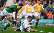 23 February 2020; Elliot Daly of England scores his side's second try despite the efforts of Jacob Stockdale of Ireland during the Guinness Six Nations Rugby Championship match between England and Ireland at Twickenham Stadium in London, England. Photo by Brendan Moran/Sportsfile