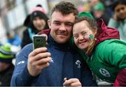 28 February 2020; Peter O'Mahony and Jennifer Malone, from Clane, Co Kildare, following an Ireland Rugby open training session at Energia Park in Donnybrook, Dublin. Photo by Ramsey Cardy/Sportsfile