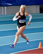 8 March 2020; Geraldine Finegan of North East Runners AC, Louth, competing in the M50 400m event during the Irish Life Health National Masters Indoors Athletics Championships at Athlone IT in Athlone, Westmeath. Photo by Piaras Ó Mídheach/Sportsfile