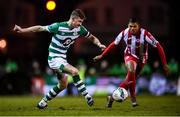 7 March 2020; Ronan Finn of Shamrock Rovers and Ryan De Vries of Sligo Rovers during the SSE Airtricity League Premier Division match between Sligo Rovers and Shamrock Rovers at The Showgrounds in Sligo. Photo by Stephen McCarthy/Sportsfile