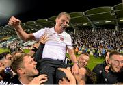 9 October 2015; Dundalk players and manager Stephen Kenny celebrate their team's victory SSE Airtricity League, Premier Division, Shamrock Rovers v Dundalk. Tallaght Stadium, Tallaght, Co. Dublin. Picture credit: Seb Daly / SPORTSFILE