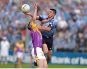1 June 2002; Senan Connell, Dublin, wins possession from Wexford's David Murphy. Bank of Ireland Leinster Football Championship First Round, Dublin v Wexford, Dr Cullen Park, Carlow. Photo by Matt Browne/Sportsfile