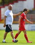 8 August 2020; Shelbourne manager Dave Bell with Jess Ziu of Shelbourne during the FAI Women's National League match between Shelbourne and Cork City at Tolka Park in Dublin. Photo by Eóin Noonan/Sportsfile