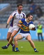 16 August 2020; James Tolan of Castleknock in action against Shane Horan of Kilmacud Crokes during the Dublin County Senior Football Championship Round 3 match between Kilmacud Crokes and Castleknock at Parnell Park in Dublin. Photo by Sam Barnes/Sportsfile