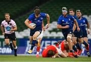 22 August 2020; Garry Ringrose of Leinster escapes the tackle of Stephen Archer of Munster during the Guinness PRO14 Round 14 match between Leinster and Munster at the Aviva Stadium in Dublin. Photo by Ramsey Cardy/Sportsfile