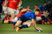 22 August 2020; Garry Ringrose of Leinster scores his side's second try during the Guinness PRO14 Round 14 match between Leinster and Munster at the Aviva Stadium in Dublin. Photo by Stephen McCarthy/Sportsfile