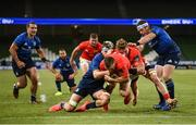 22 August 2020; Andrew Conway of Munster scores his side's third try despite the attention of Caelan Doris, left, and Seán Cronin of Leinster during the Guinness PRO14 Round 14 match between Leinster and Munster at the Aviva Stadium in Dublin. Photo by Stephen McCarthy/Sportsfile