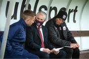 28 August 2020; Galway United manager John Caulfield with coaches Liam Kearney, left, and Johnny Glynn, right, prior to the Extra.ie FAI Cup Second Round match between Galway United and Shelbourne at Eamonn Deacy Park in Galway. Photo by Stephen McCarthy/Sportsfile