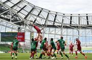 30 August 2020; Peter O'Mahony of Munster wins possession in the lineout during the Guinness PRO14 Round 15 match between Munster and Connacht at the Aviva Stadium in Dublin. Photo by Ramsey Cardy/Sportsfile