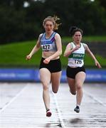 5 September 2020; Molly Hourihan of Dundrum South Dublin AC, centre, on her way to winning the Junior Women's 200m event during the Irish Life Health National Junior Track and Field Championships at Morton Stadium in Santry, Dublin. Photo by Sam Barnes/Sportsfile
