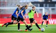 18 September 2020; Denise O'Sullivan, right, with Kyra Carusa and Hayley Nolan, left, during a Republic of Ireland women's training session at Stadion Essen in Essen, Germany. Photo by Lukas Schulze/Sportsfile