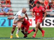 20 September 2020; Matt Faddes of Ulster evades Francois Cros of Toulouse during the Heineken Champions Cup Quarter-Final match between Toulouse and Ulster at Stade Ernest Wallon in Toulouse, France. Photo by Manuel Blondeau/Sportsfile