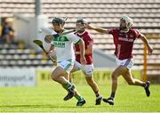 27 September 2020; Ronan Corcoran of Ballyhale Shamrocks in action against Robbie Fitzpatrick, centre, and Conor Doheny of Dicksboro during the Kilkenny County Senior Hurling Championship Final match between Ballyhale Shamrocks and Dicksboro at UPMC Nowlan Park in Kilkenny. Photo by Seb Daly/Sportsfile