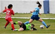 10 October 2020; Emily Whelan of Shelbourne goes around Treaty United goalkeeper Michaela Mitchell to score her side's first goal during the Women's National League match between Treaty United and Shelbourne at Jackman Park in Limerick. Photo by Ramsey Cardy/Sportsfile