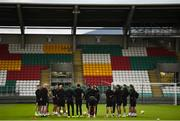 21 October 2020; Interim head coach Filippo Giovagnoli talks to his players during a Dundalk training session at Tallaght Stadium in Dublin. Photo by Ben McShane/Sportsfile