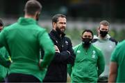 24 October 2020; Ireland head coach Andy Farrell speaks to his team prior to the Guinness Six Nations Rugby Championship match between Ireland and Italy at the Aviva Stadium in Dublin. Photo by Brendan Moran/Sportsfile
