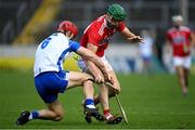 31 October 2020; Séamus Harnedy of Cork in action against Tadhg De Búrca of Waterford during the Munster GAA Hurling Senior Championship Semi-Final match between Cork and Waterford at Semple Stadium in Thurles, Tipperary. Photo by Piaras Ó Mídheach/Sportsfile