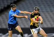 31 October 2020; Walter Walsh of Kilkenny gets hooked by Danny Sutcliffe of Dublin during the Leinster GAA Hurling Senior Championship Semi-Final match between Dublin and Kilkenny at Croke Park in Dublin. Photo by Daire Brennan/Sportsfile