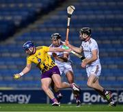 31 October 2020; Kevin Foley of Wexford in action against Johnny Coen and Aidan Harte of Galway during the Leinster GAA Hurling Senior Championship Semi-Final match between Galway and Wexford at Croke Park in Dublin. Photo by Ray McManus/Sportsfile