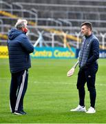 7 November 2020; Cork manager Kieran Kingston speaks with Patrick Horgan of Cork ahead of the GAA Hurling All-Ireland Senior Championship Qualifier Round 1 match between Dublin and Cork at Semple Stadium in Thurles, Tipperary. Photo by Daire Brennan/Sportsfile