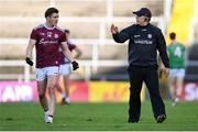 15 November 2020; Galway manager Padraic Joyce speaks to Shane Walsh of Galway during the Connacht GAA Football Senior Championship Final match between Galway and Mayo at Pearse Stadium in Galway. Photo by Ramsey Cardy/Sportsfile