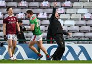 15 November 2020; Mayo manager James Horan celebrates at the final whistle of the Connacht GAA Football Senior Championship Final match between Galway and Mayo at Pearse Stadium in Galway. Photo by Ramsey Cardy/Sportsfile